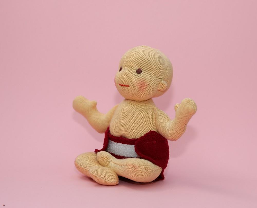 Miminko do ruky, malý Budha, waldorfská panenka, ekopanenky.cz/ekopanenky-2