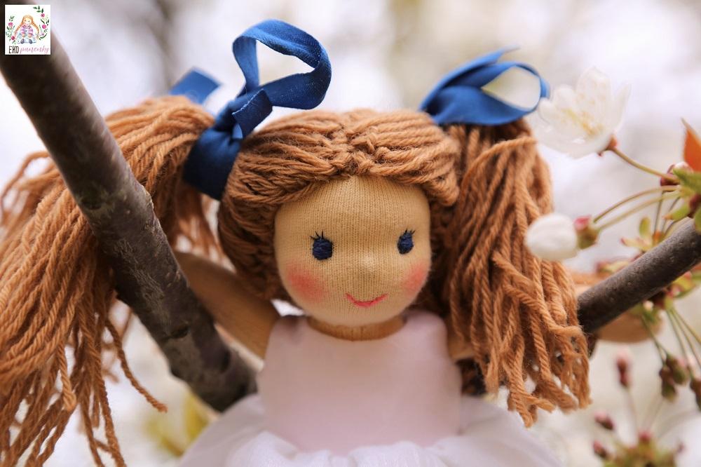látková panenka, děvče s culíky, ekopanenky