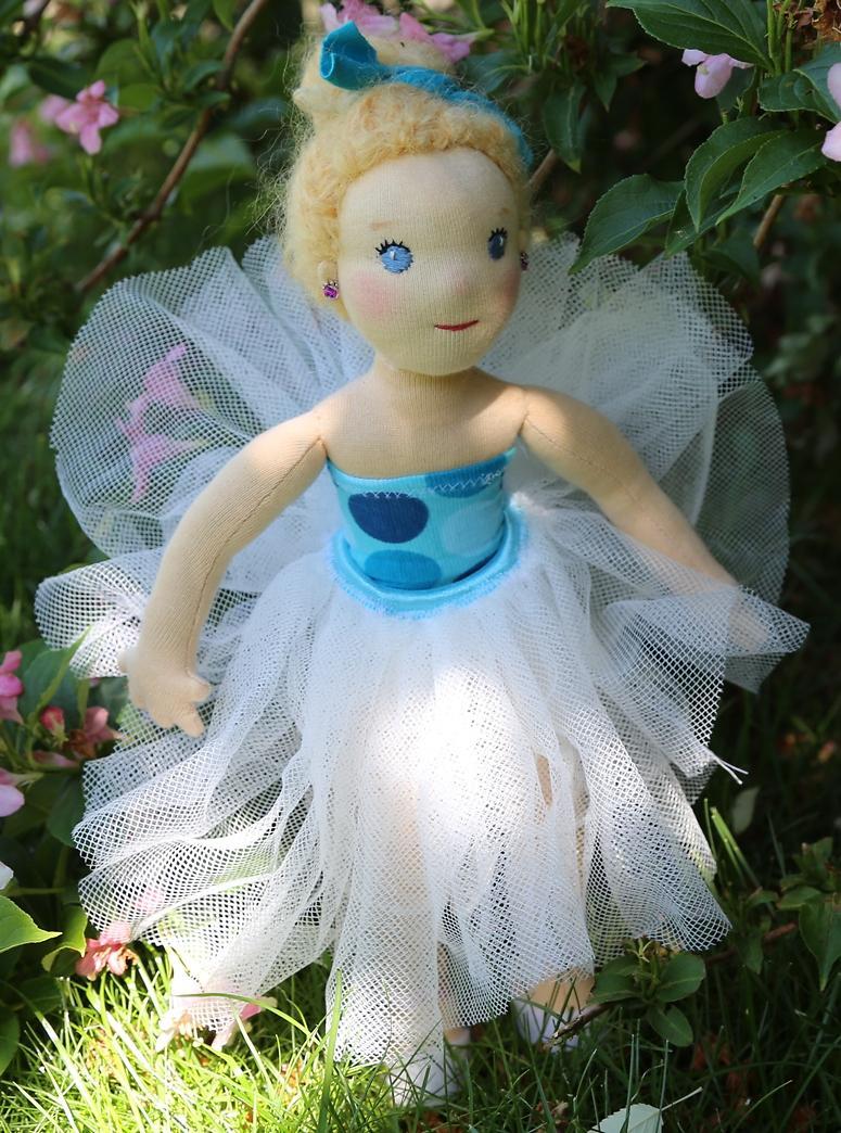 panenka baletka s drdůlkem a tylovou sukní, ekopanenky, panenky s duší