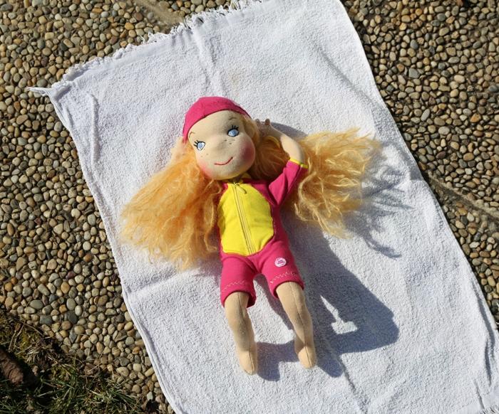 Opalující se panenka Plavlína pro Swim Smooth, ekopanenky