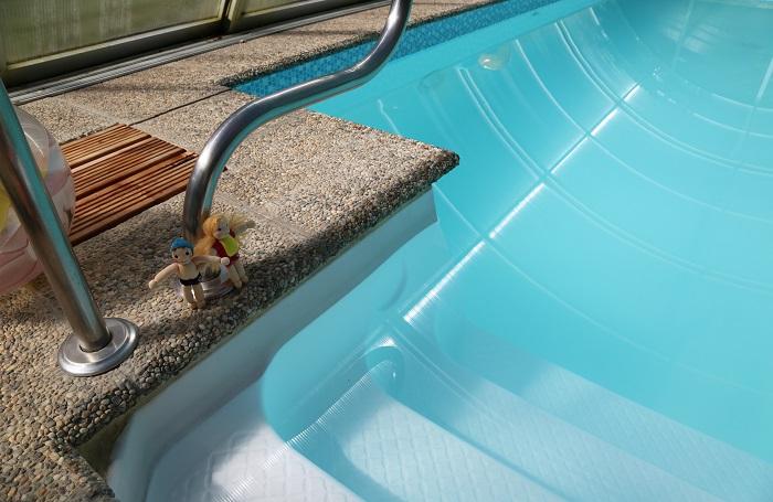 Plavel a Plavlína u bazénu - ekopanenky