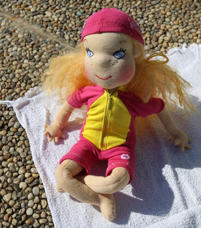 sedící panenka Plavlína, Ekopanenky