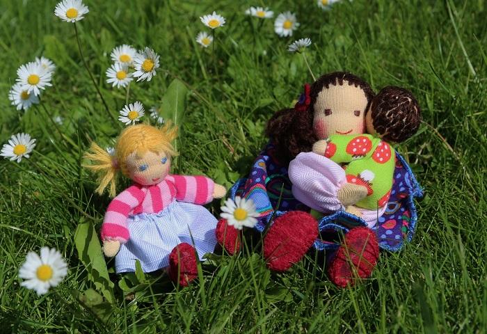 Maminka a děti - domečkové panenky ekopanenky