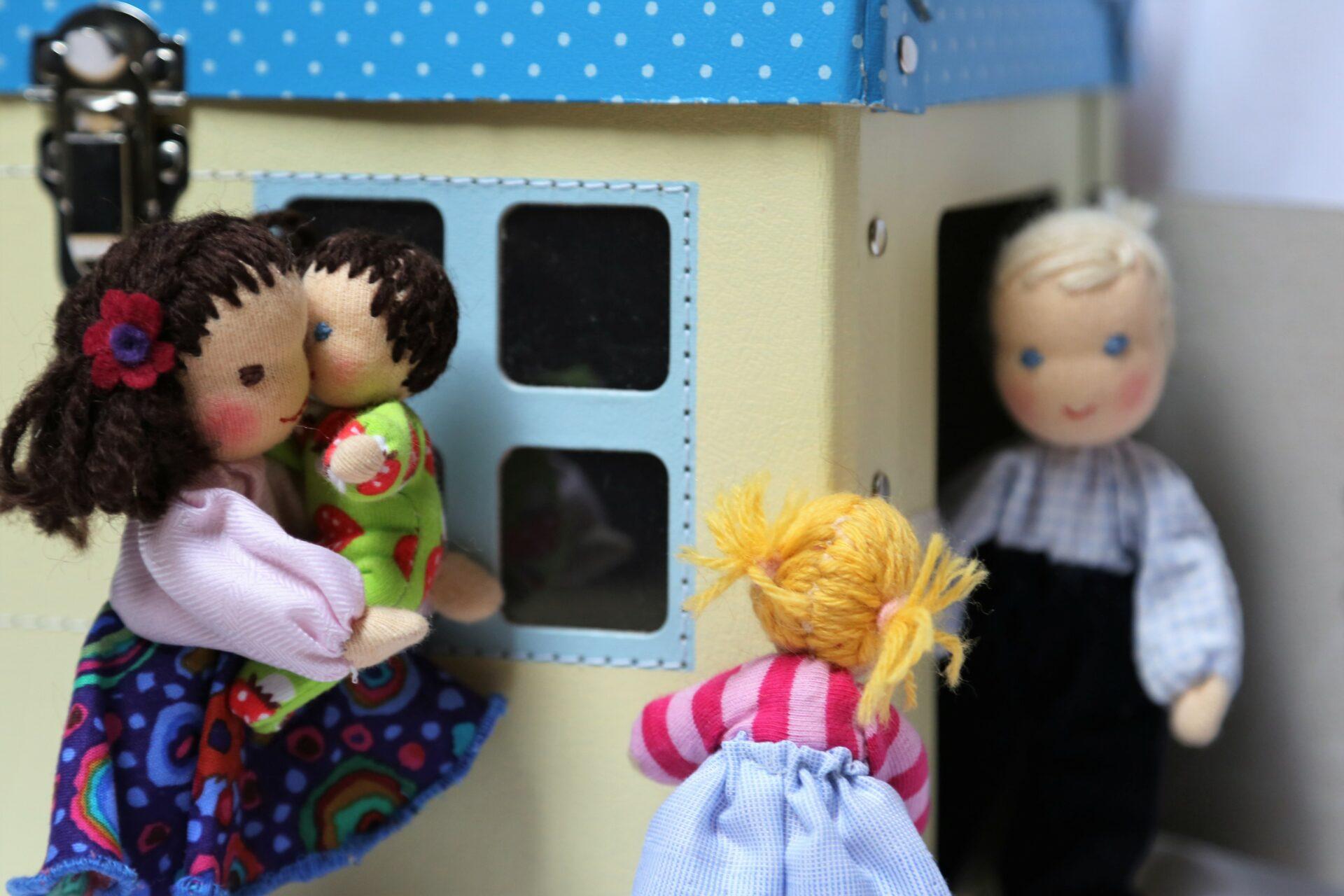 Ekopanenky do domečku, panenky do domečku, waldorfské panenky, panenky s duší