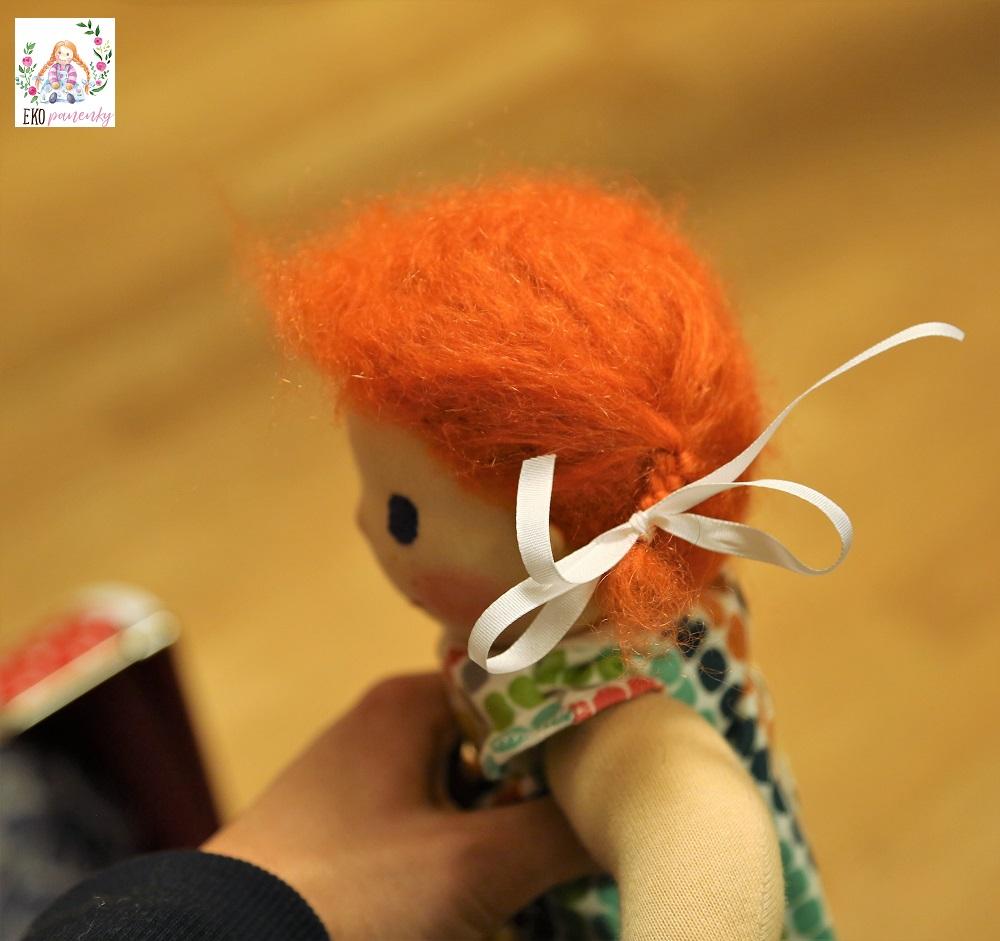 zrzavé mohérové vlásky, waldrofská panenka, ručně šitá zakázková panenka, ekopanenky