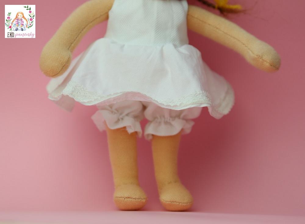 šatičky waldorfské panenky