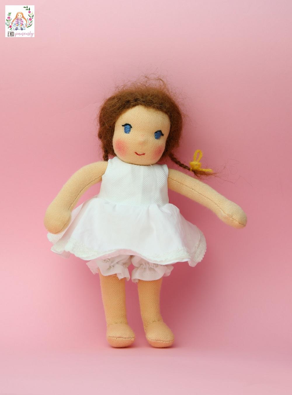 Waldorfská panenka v nových šatech