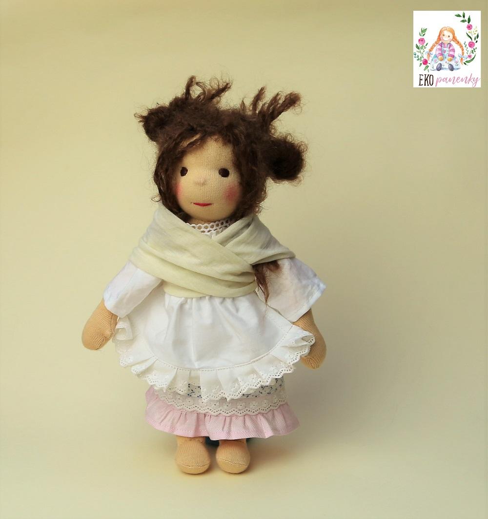 Učesaná neučesaná je romantická waldorfská panenka šitá na zakázku, ekopanenky.cz, panenky s duší