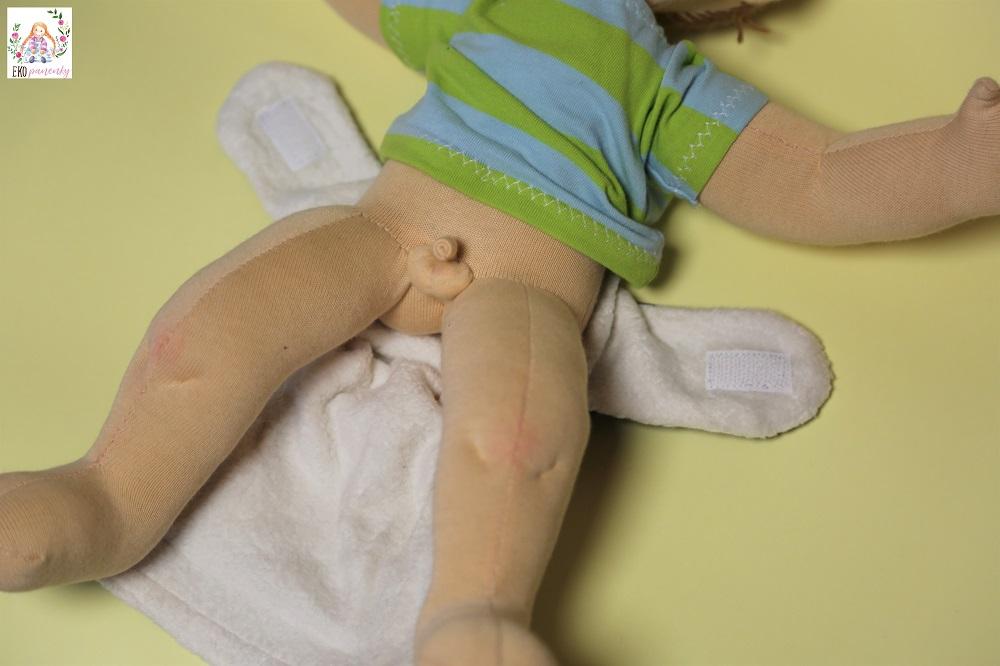 Chlapeček s plnou výbavou, batole, šitá panenka