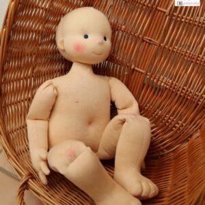 Štíhlá demo panenka do Kuvajtu