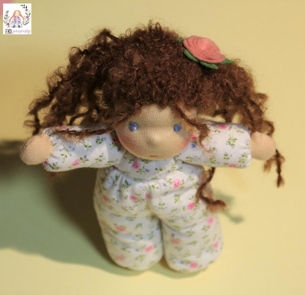 Růženka, látková waldorfská panenka