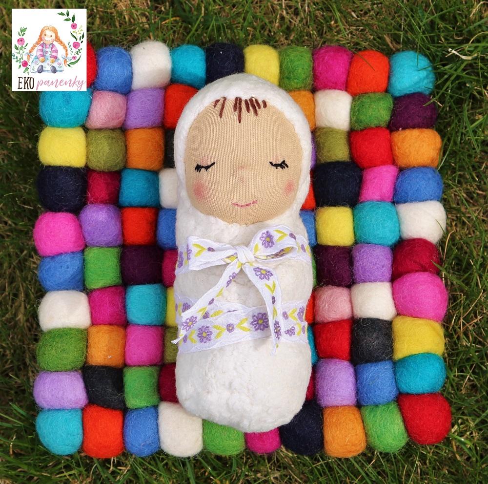 Látkové miminko s parádní mašlí, biobavlněná panenka, ekopanenky