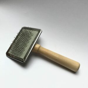 kartáč na vyčesávání vlásků