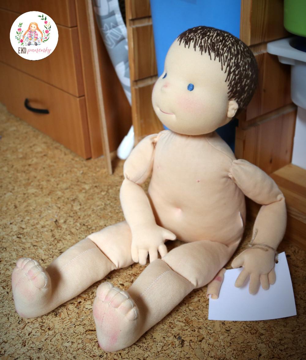 vlasatá fyziopanenka, demo panenka 60cm, panenka pro fyzioterapie. ekopanenky.cz