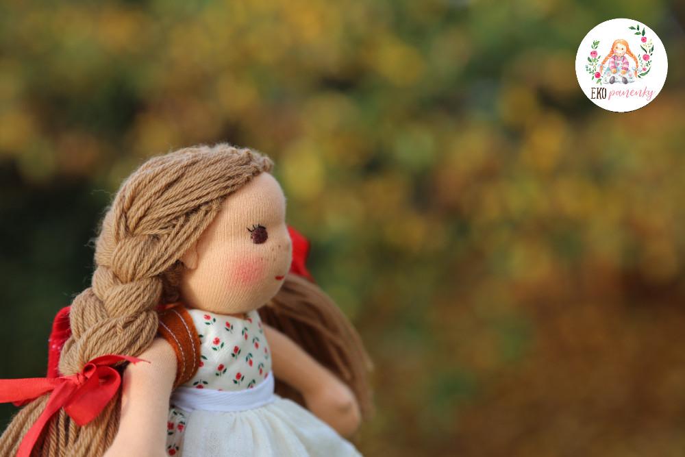 Panenka pro radost, ručně šitá panenka, ekopanenky, panenky s duší, waldorfská panenka, Tereza Jarošová