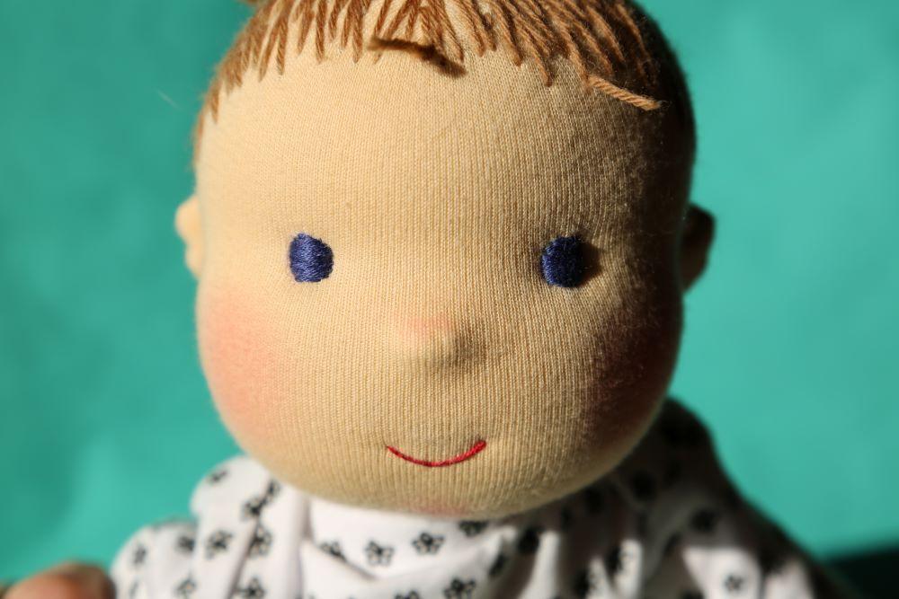 prosincový hošík - látková panenka šitá na zakázku, panenka z přírodních materiálů, ekopanenky, Tereza Jarošová