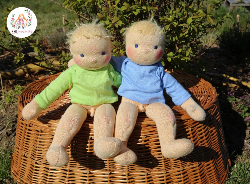 Kluci dvojčata, látkové na zakázku ušité panenky z přírodních materiálů.