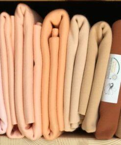 Odstíny tělových úpletů na panenky DeWitteEngel