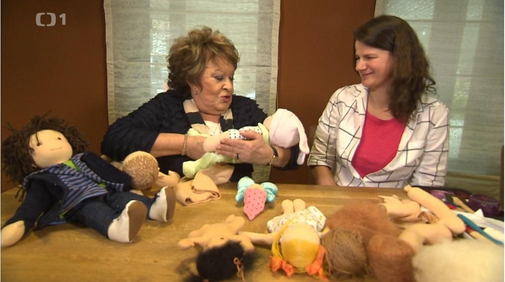 Hobby naší doby, látkové panenky, povídání o panenkách, Tereza Jarošová a Jiřina Bohdalová