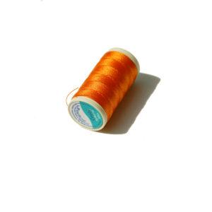 Nylbond oranžová nit pro zrzavou panenku